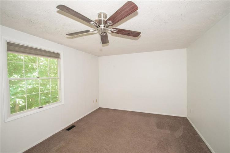 9495 Timber View Drive Indianapolis in 46250 | MLS 21718207 | photo 23