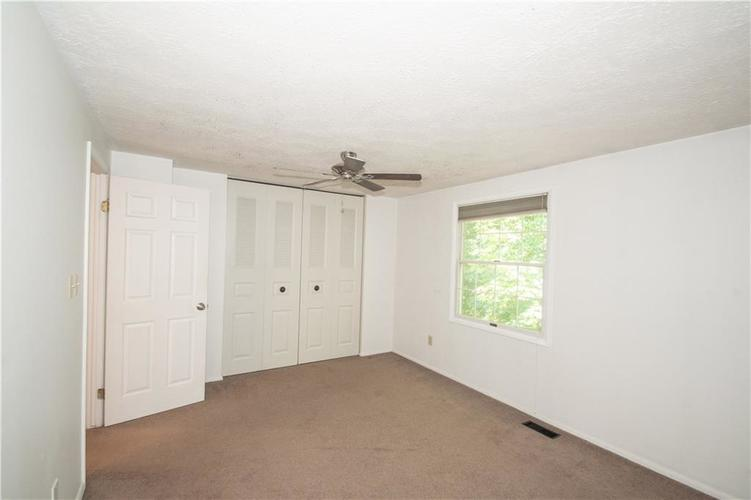 9495 Timber View Drive Indianapolis in 46250 | MLS 21718207 | photo 24