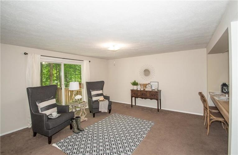 9495 Timber View Drive Indianapolis in 46250 | MLS 21718207 | photo 6