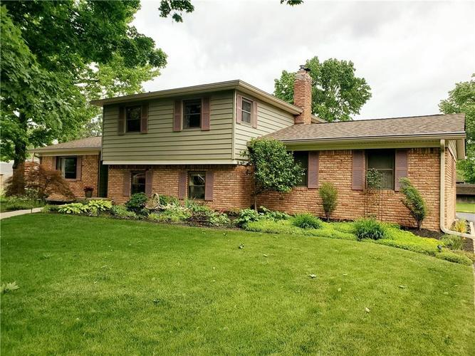 6806 Dorchester Court Indianapolis IN 46214 | MLS 21718271 | photo 1