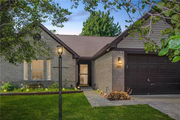 6036 Copeland Mills Drive Indianapolis IN 46221   MLS 21718580   photo 1