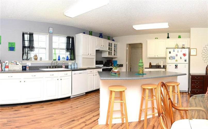 8703 Mellot Way Camby IN 46113 | MLS 21718615 | photo 12