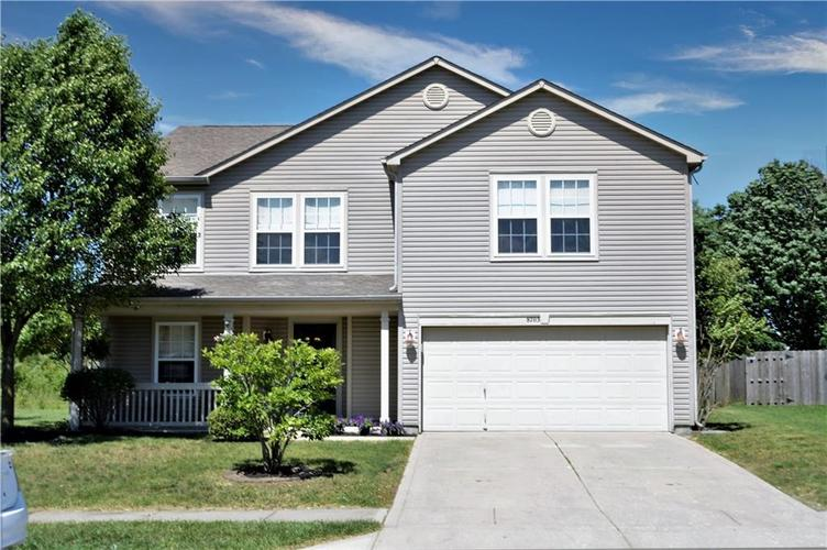 8703 Mellot Way Camby IN 46113 | MLS 21718615 | photo 2