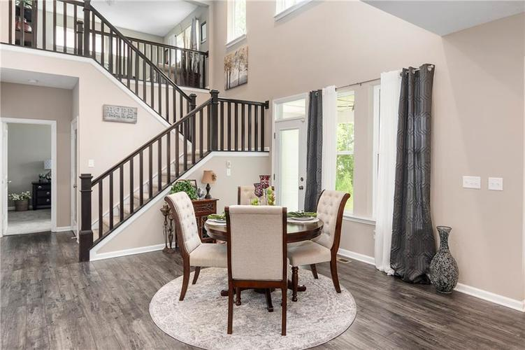 16403 Dominion Drive Fortville IN 46040 | MLS 21718709 | photo 17