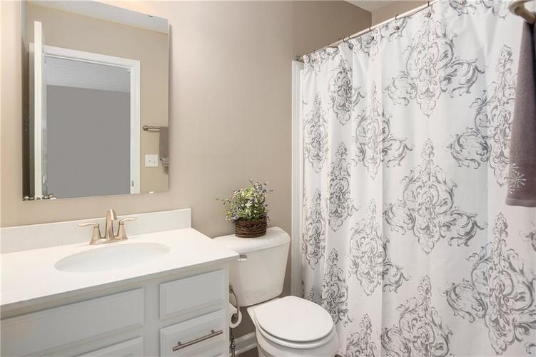 16403 Dominion Drive Fortville IN 46040 | MLS 21718709 | photo 28
