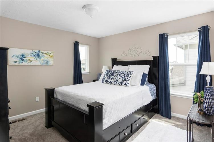 16403 Dominion Drive Fortville IN 46040 | MLS 21718709 | photo 29