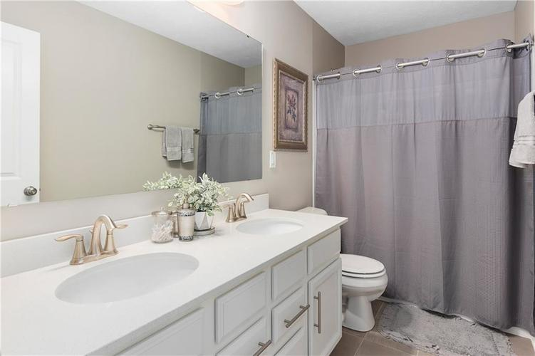16403 Dominion Drive Fortville IN 46040 | MLS 21718709 | photo 32