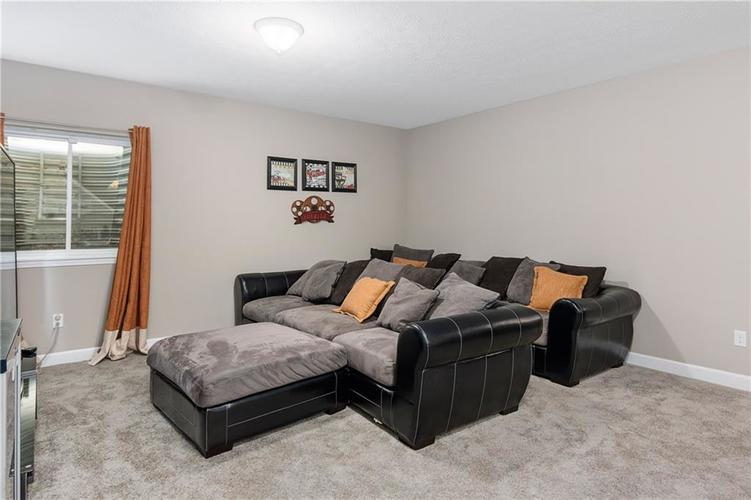 16403 Dominion Drive Fortville IN 46040 | MLS 21718709 | photo 36