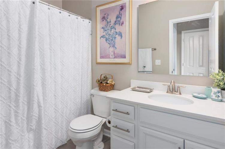 16403 Dominion Drive Fortville IN 46040 | MLS 21718709 | photo 38