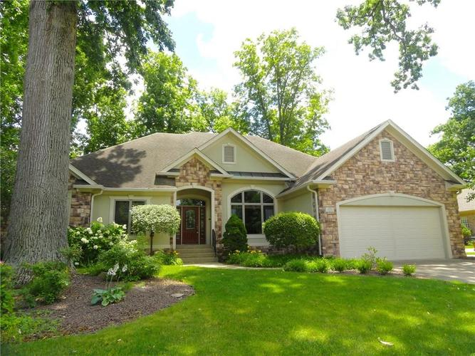 4700 Hickory Wood Row Greenwood IN 46143 | MLS 21718733 | photo 1