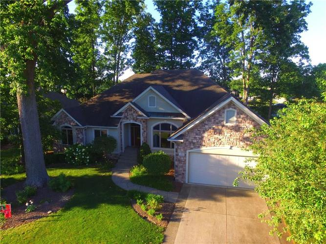 4700 Hickory Wood Row Greenwood IN 46143 | MLS 21718733 | photo 2