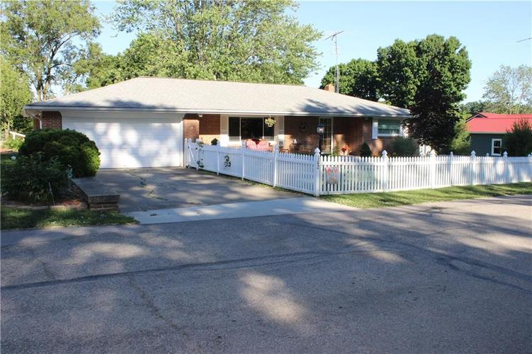 102 Circle Drive New Market IN 47965 | MLS 21718839 | photo 1