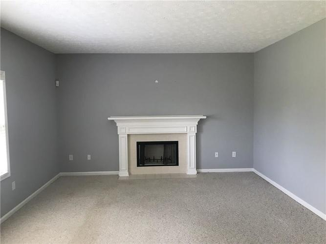 7343 Hartington Place Indianapolis IN 46259 | MLS 21718877 | photo 6
