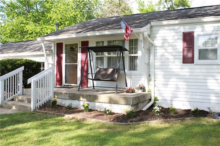 191 N Routiers Avenue Indianapolis IN 46219   MLS 21718958   photo 1