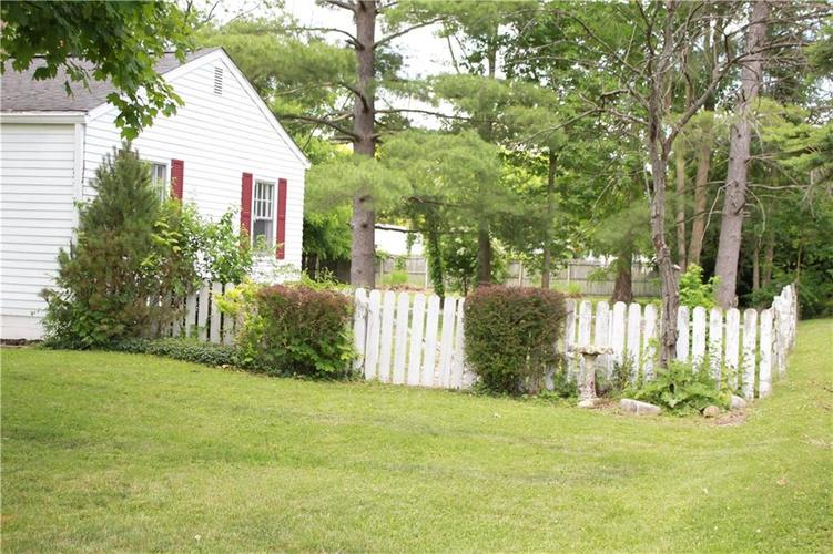 191 N Routiers Avenue Indianapolis IN 46219   MLS 21718958   photo 29