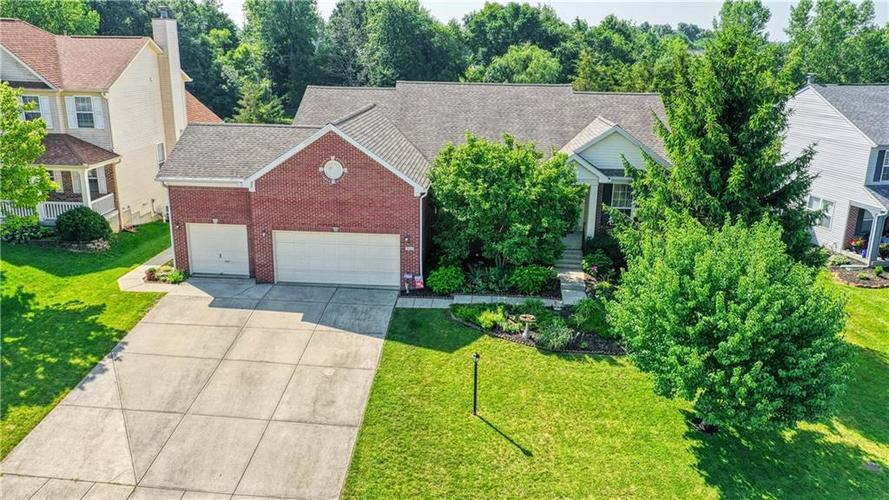563 S Tanninger Drive Indianapolis IN 46239 | MLS 21719006 | photo 1