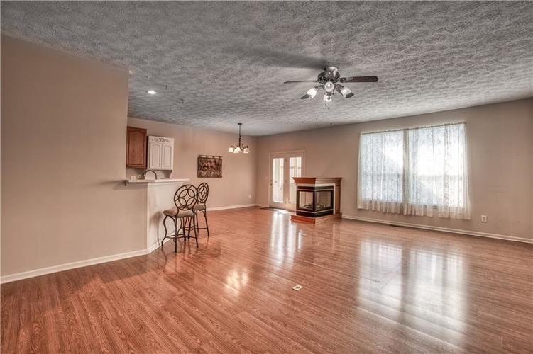 563 S Tanninger Drive Indianapolis IN 46239 | MLS 21719006 | photo 10
