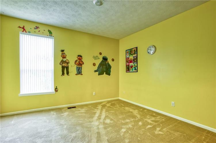 563 S Tanninger Drive Indianapolis IN 46239 | MLS 21719006 | photo 24