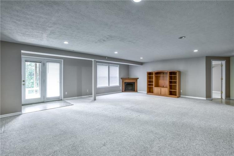 563 S Tanninger Drive Indianapolis IN 46239 | MLS 21719006 | photo 27