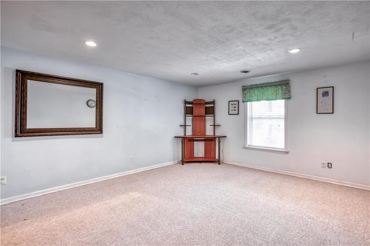563 S Tanninger Drive Indianapolis IN 46239 | MLS 21719006 | photo 30