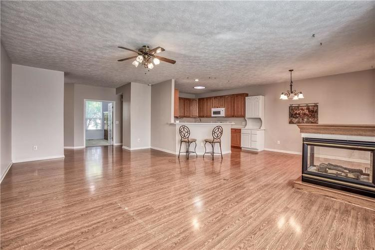 563 S Tanninger Drive Indianapolis IN 46239 | MLS 21719006 | photo 8
