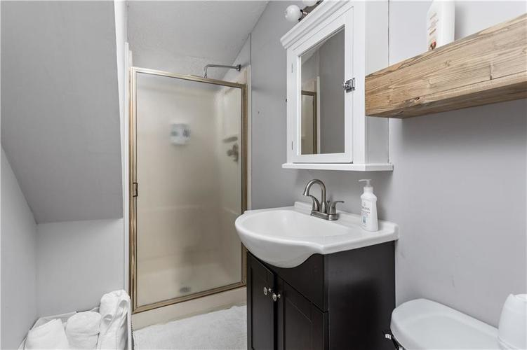2110 E 69th Street Indianapolis IN 46220 | MLS 21719196 | photo 18