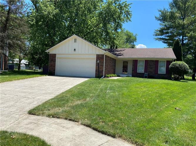1323 TOMMY LEE Court Indianapolis IN 46217 | MLS 21719323 | photo 1