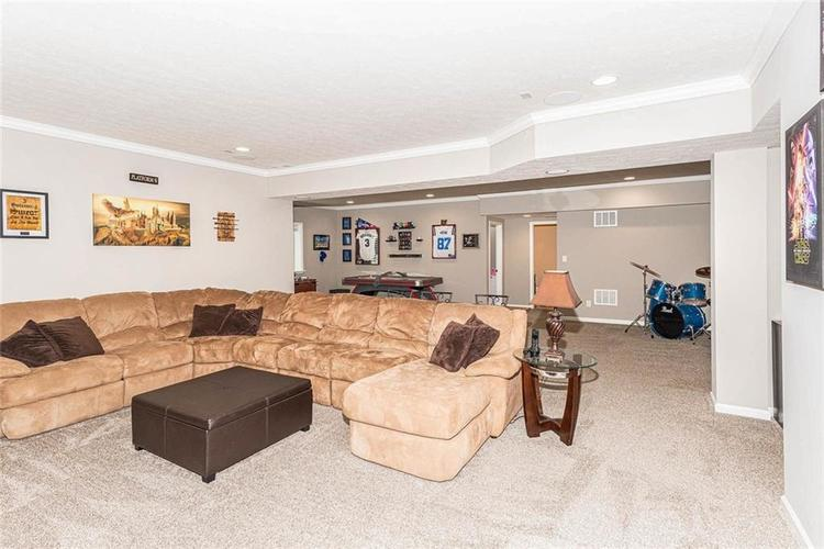 10103 Copper Saddle Fishers IN 46040 | MLS 21719336 | photo 40