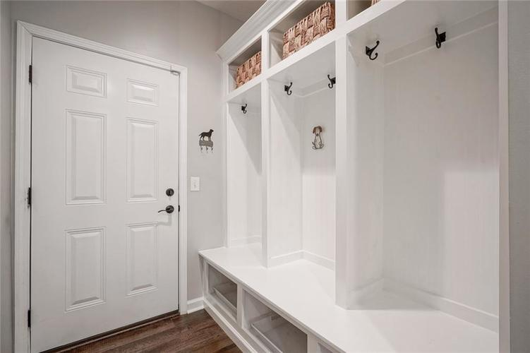 10870 Matherly Way Noblesville IN 46060 | MLS 21719413 | photo 26