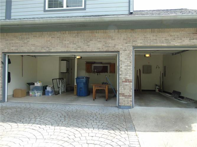 8754 Nora Woods Drive Indianapolis IN 46240 | MLS 21719498 | photo 33