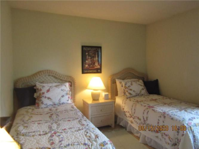5208 Jerry Court Indianapolis IN 46254 | MLS 21719539 | photo 10