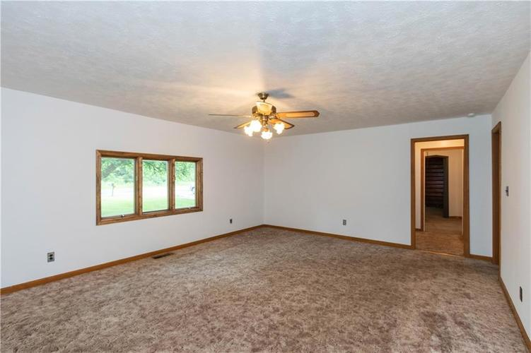 4815 Plainfield Avenue Indianapolis IN 46241 | MLS 21719636 | photo 10