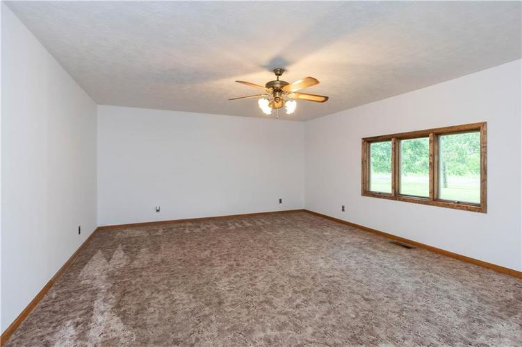 4815 Plainfield Avenue Indianapolis IN 46241 | MLS 21719636 | photo 8