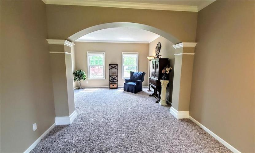 8190 Fairway Drive Brownsburg IN 46112 | MLS 21719653 | photo 12