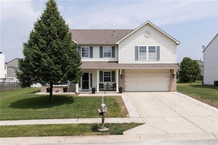 11632 Sinclair Drive Indianapolis IN 46235 | MLS 21719728 | photo 1