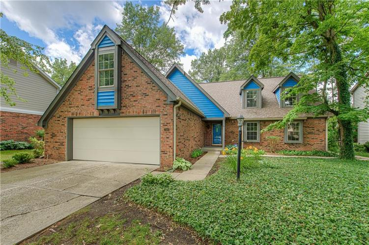 7560 W PINESPRINGS Drive Indianapolis IN 46256 | MLS 21719880 | photo 1