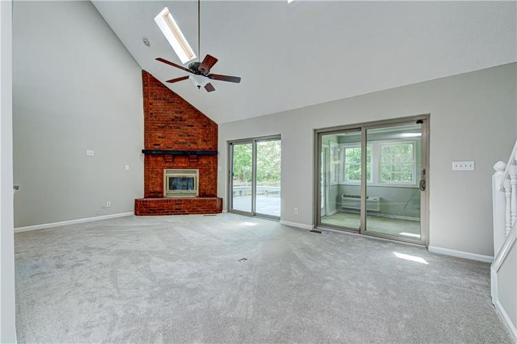 7560 W PINESPRINGS Drive Indianapolis IN 46256 | MLS 21719880 | photo 11