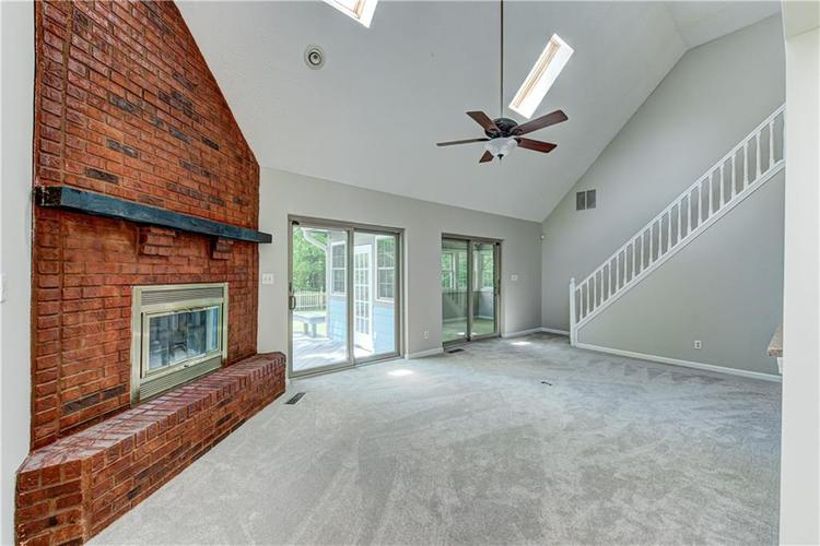7560 W PINESPRINGS Drive Indianapolis IN 46256 | MLS 21719880 | photo 12