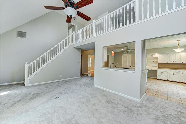 7560 W PINESPRINGS Drive Indianapolis IN 46256 | MLS 21719880 | photo 14