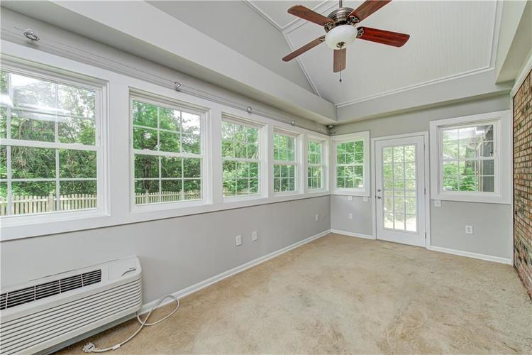 7560 W PINESPRINGS Drive Indianapolis IN 46256 | MLS 21719880 | photo 19