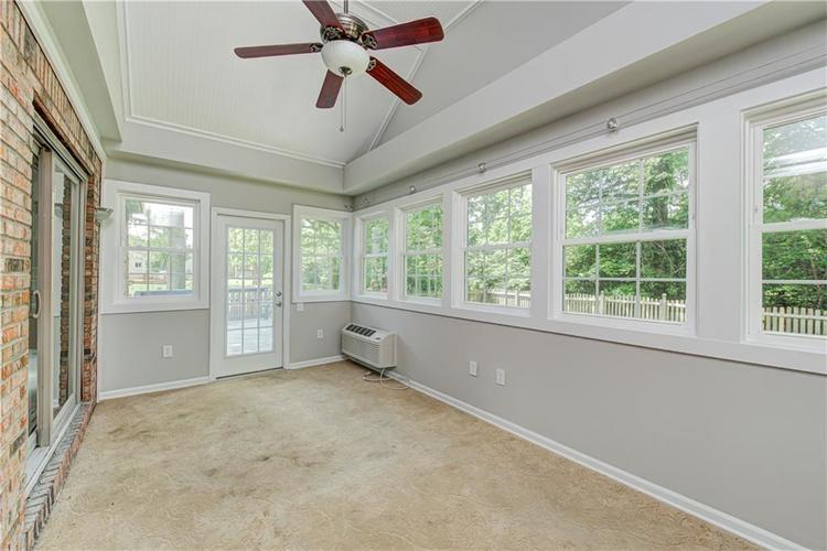 7560 W PINESPRINGS Drive Indianapolis IN 46256 | MLS 21719880 | photo 20