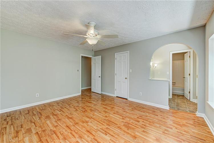 7560 W PINESPRINGS Drive Indianapolis IN 46256 | MLS 21719880 | photo 23