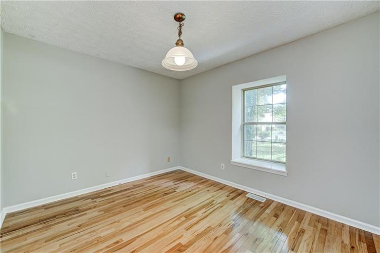 7560 W PINESPRINGS Drive Indianapolis IN 46256 | MLS 21719880 | photo 26