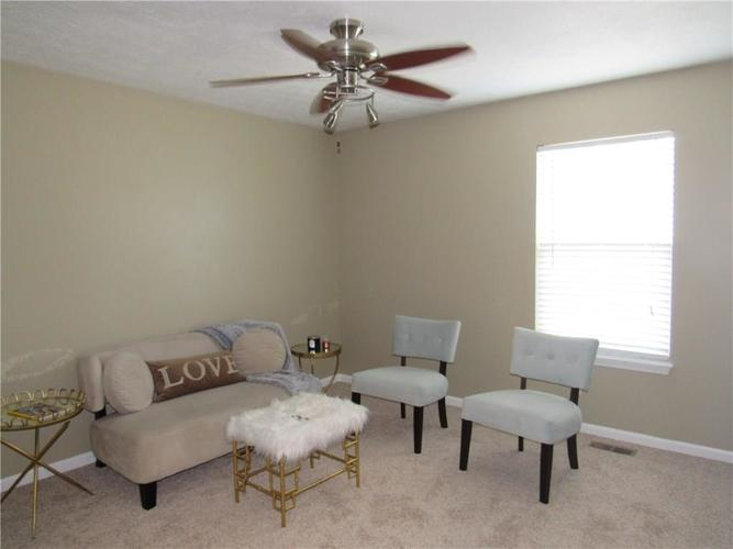 2310 Cole Wood Court Indianapolis IN 46239 | MLS 21719920 | photo 14