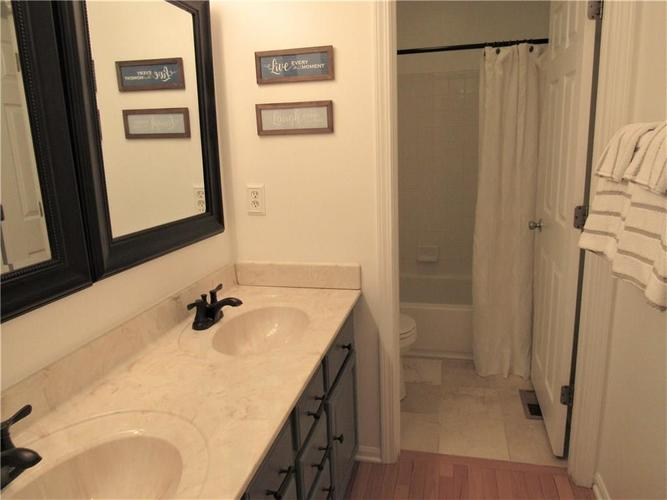 2310 Cole Wood Court Indianapolis IN 46239 | MLS 21719920 | photo 24