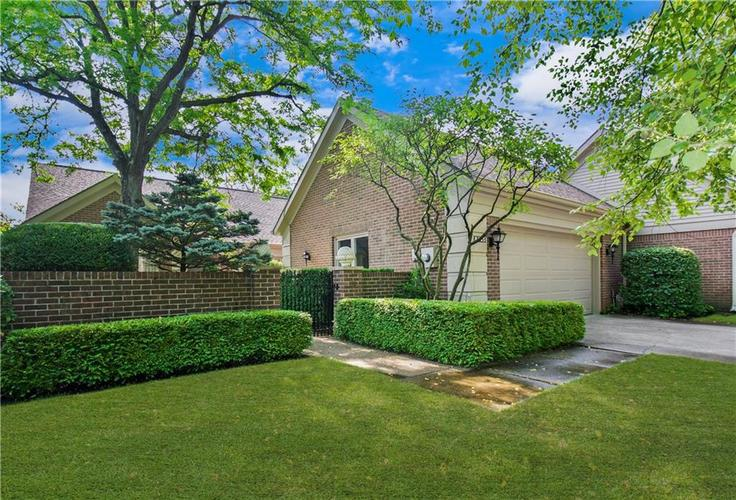 8445  Olde Mill Cir W Drive Indianapolis, IN 46260 | MLS 21720207