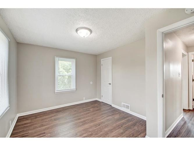 2211 English Avenue Indianapolis IN 46201 | MLS 21720219 | photo 11