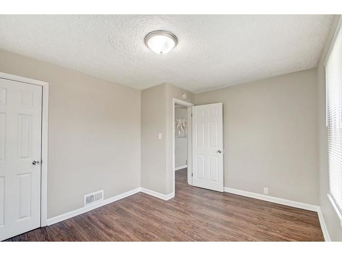2211 English Avenue Indianapolis IN 46201 | MLS 21720219 | photo 12