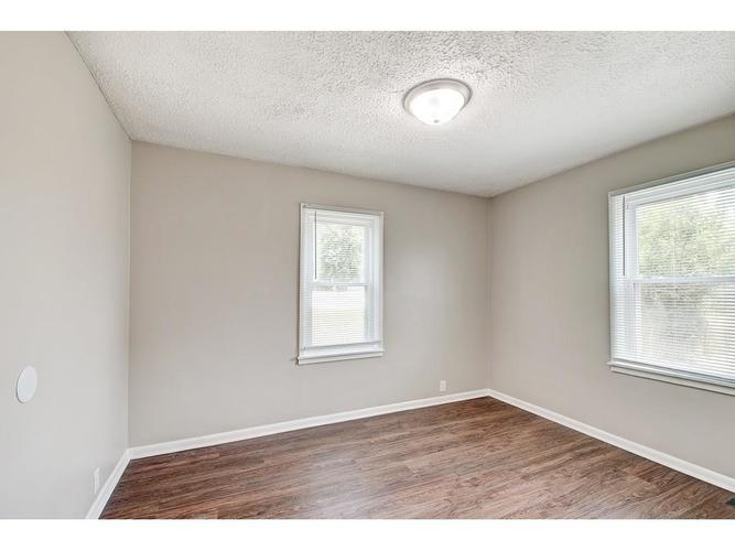 2211 English Avenue Indianapolis IN 46201 | MLS 21720219 | photo 14