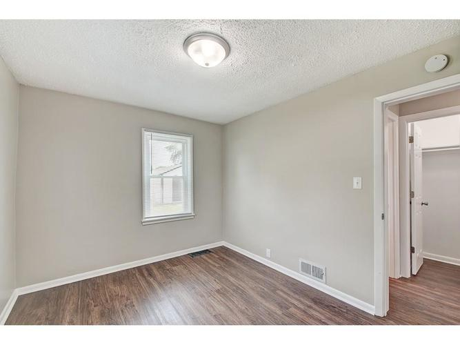 2211 English Avenue Indianapolis IN 46201 | MLS 21720219 | photo 15